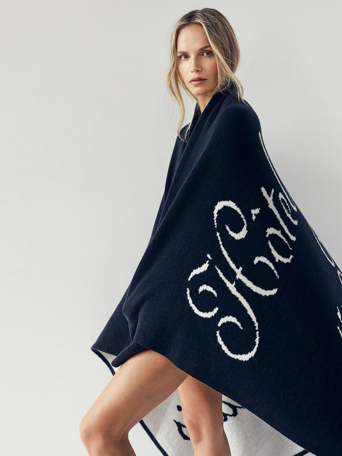 blanket on model side view