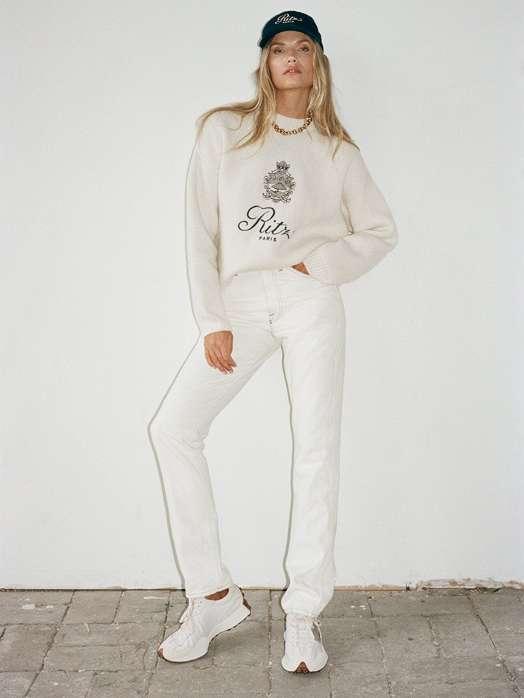 The True Straight -- Blanc