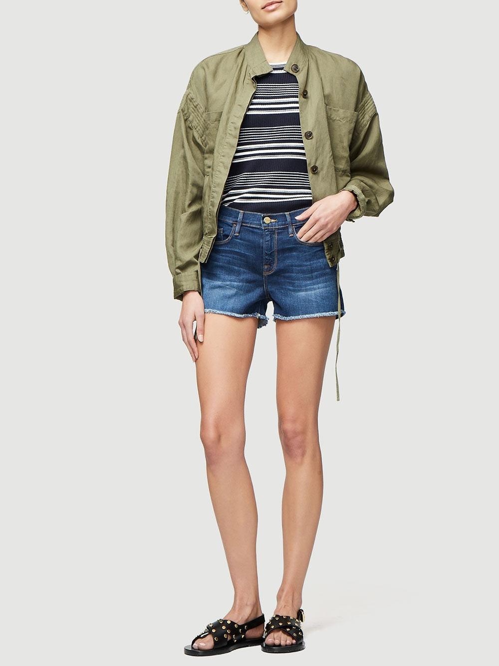 shorts full body view alt:hover