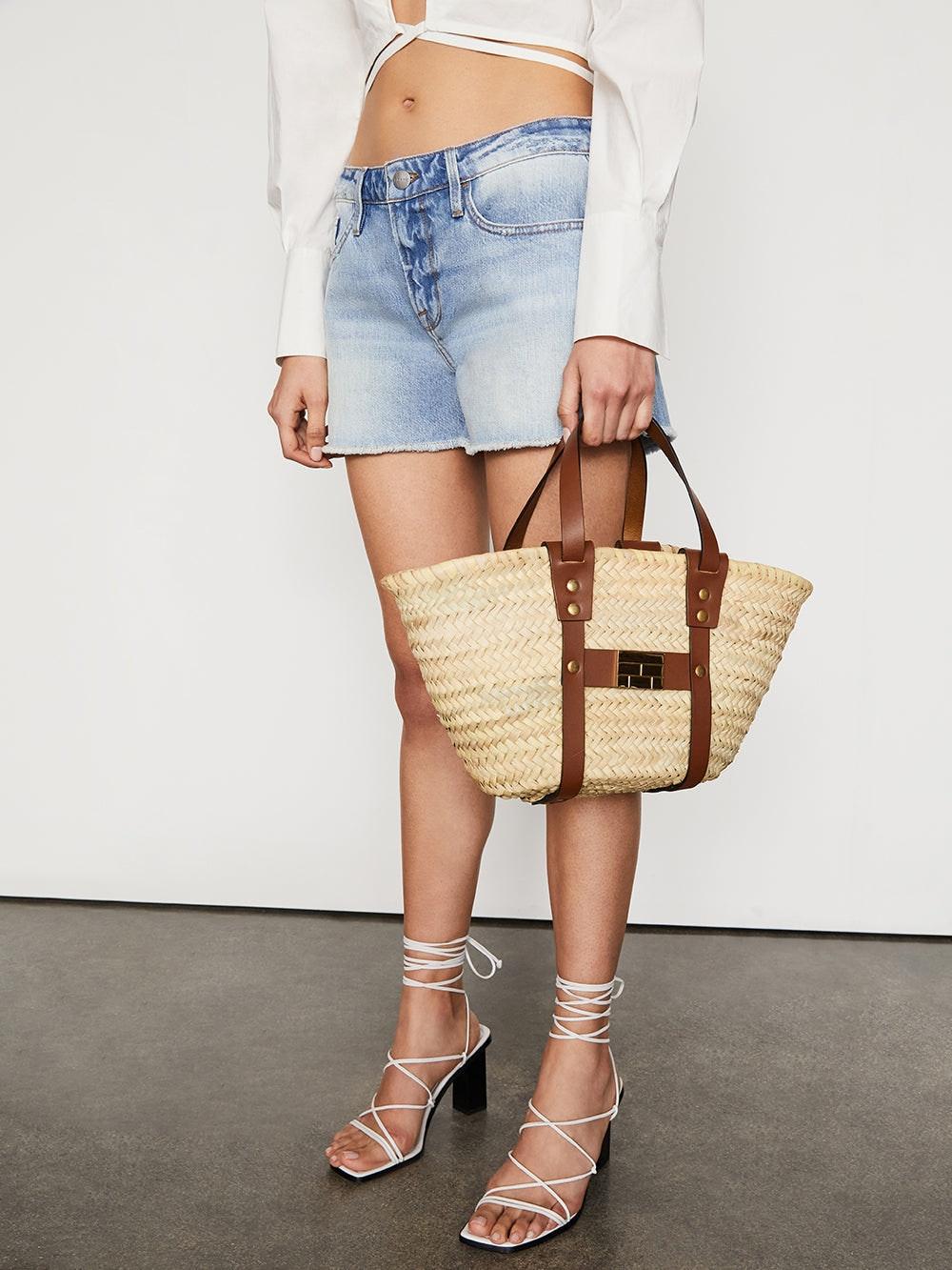handbag front view 2