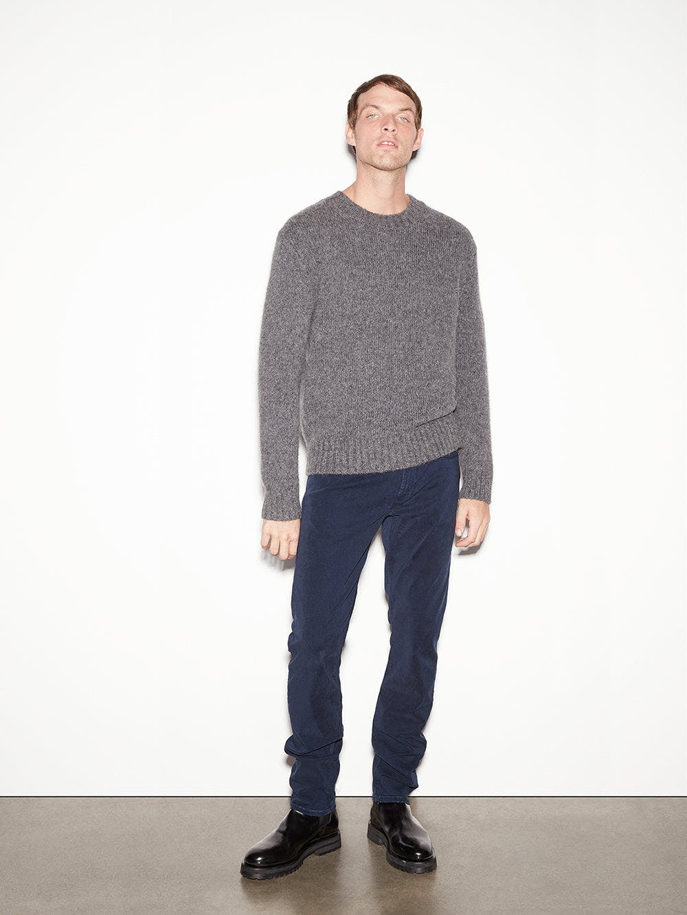 sweater full body view alt:hover