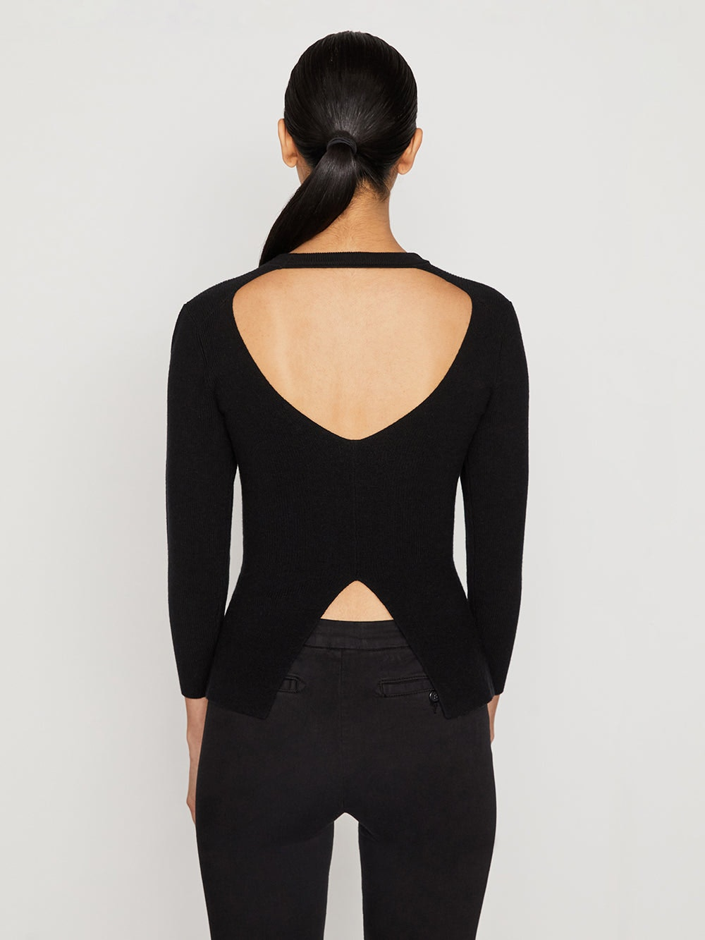 sweater back view alt:hover