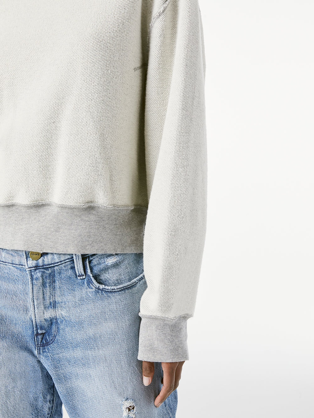 sweater detail view  2