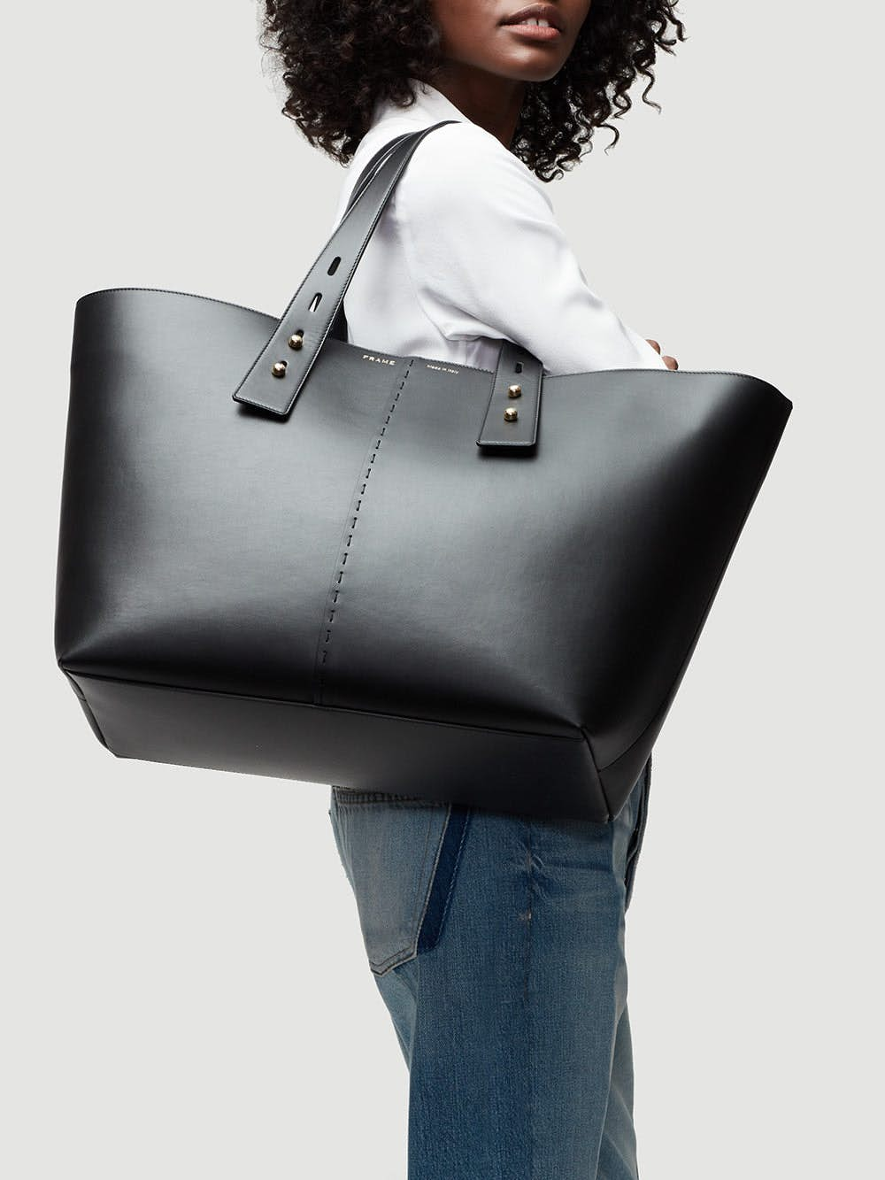 handbag front view alt:hover