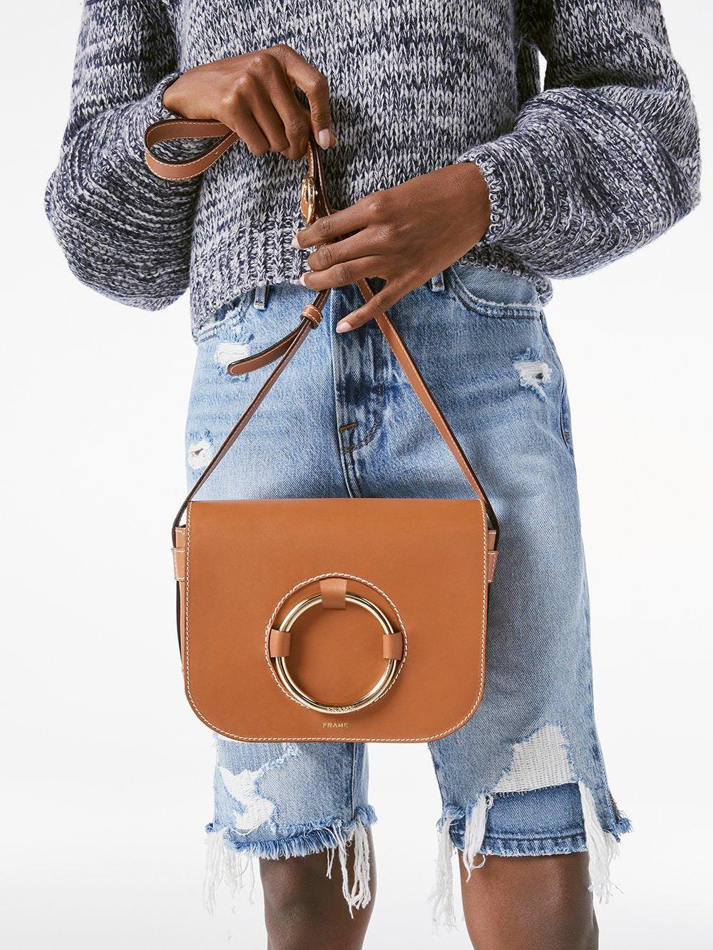 handbag front view 2 alt:hover
