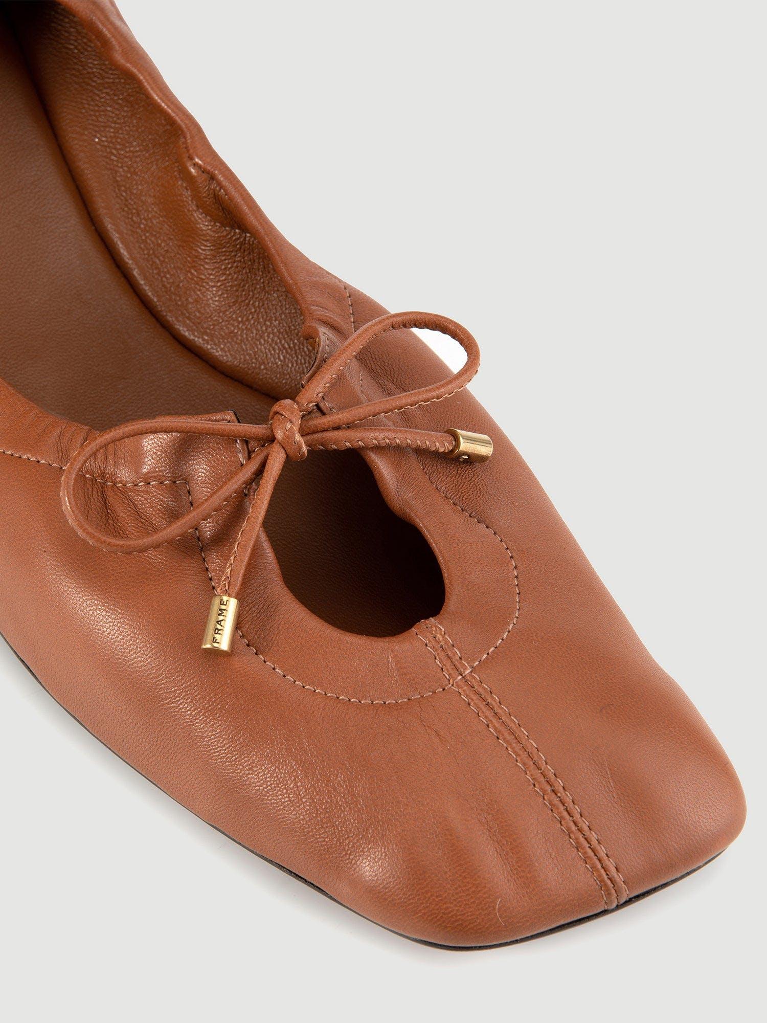 shoe detail view