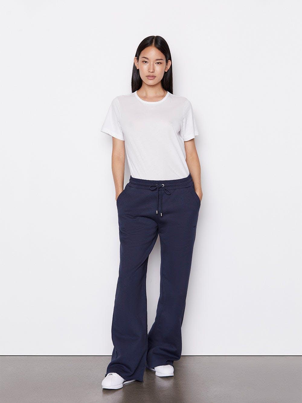 pants full body alt:hover