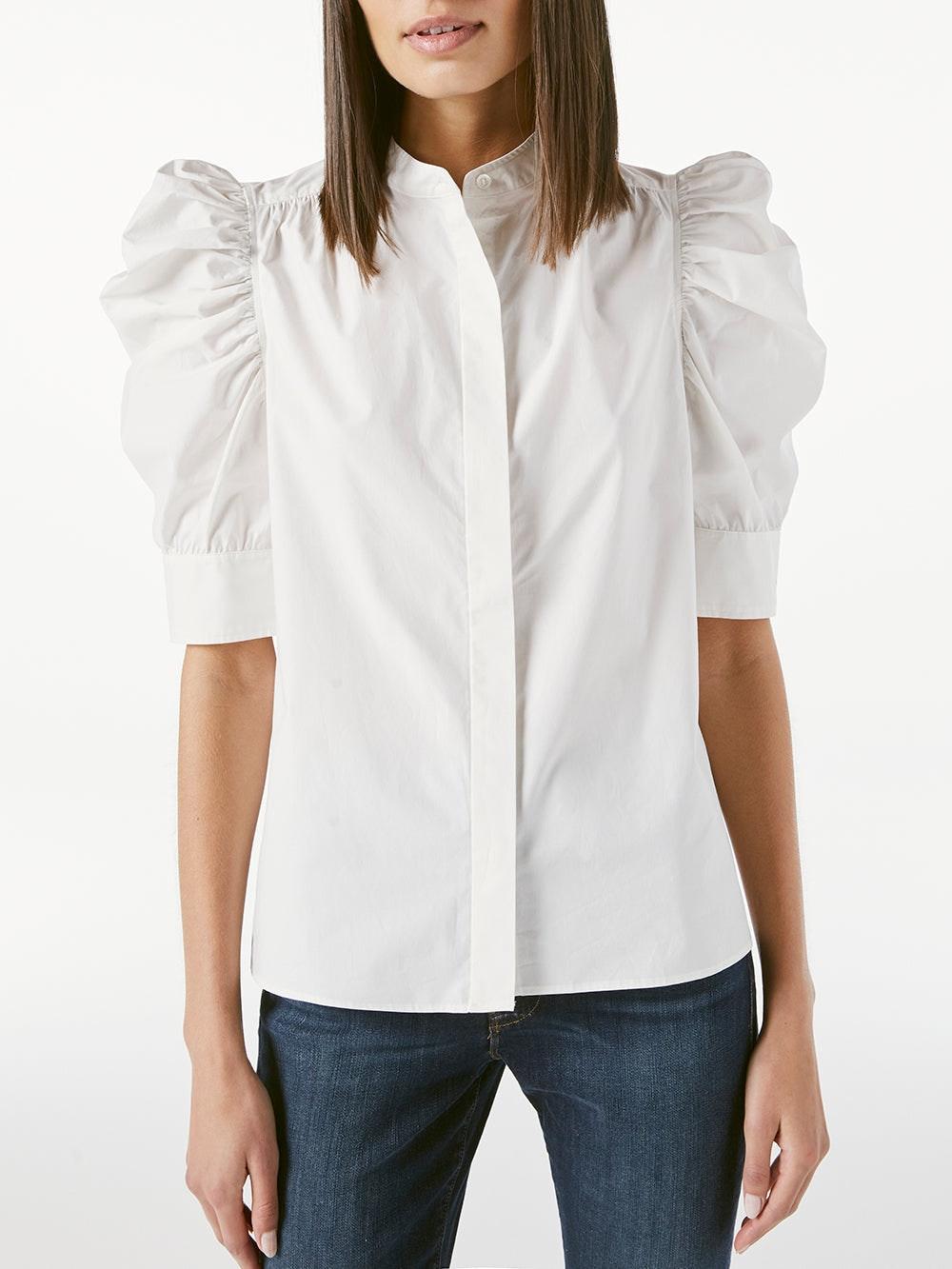 Gillian B Top -- Blanc