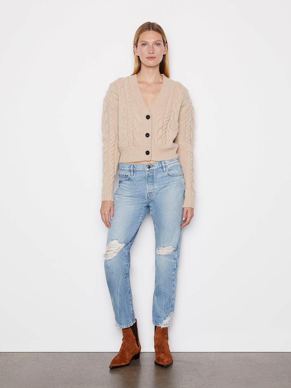 sweater full body alt:hover